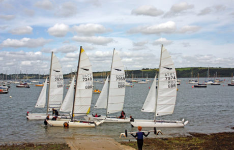 Dart 18 catamarans - learn to sail at Windsport